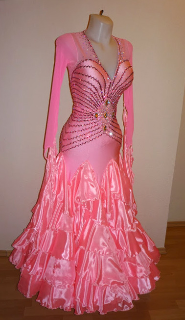 S950 Bubblegum Pink Standard Dress For Sale Dreamgown